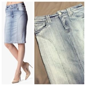 7 For All Mankind Jean Pencil Skirt Light Wash